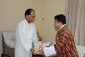 consul-general-with-the-chief-minister-of-assam-1